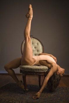 Ballet dancers are amazing! Their strength… Unbelievable