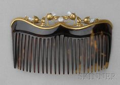 Art Nouveau Gold and Freshwater Pearl Hair Comb Mount, Day, Clark & Co., designed as scrolling floral and foliat. Vintage Hair Accessories, Vintage Hair Combs, Edwardian Hairstyles, Decorative Hair Combs, Head Jewelry, Jewellery, Art Deco, Barrettes, Art Nouveau Jewelry