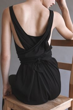 Black tie back dress; chic contemporary fashion details // Shaina Mote
