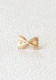 bow delight ring