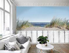 Vlies fotobehang Houten hek op strand - Natuurlijke look behang | Muurmode.nl