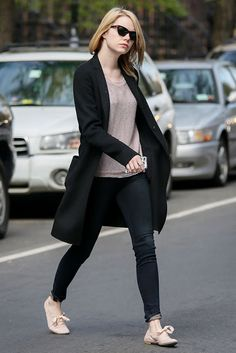 emma-stone-chic-street-style-outfit-inspiration fashion-new-york-5
