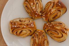 Korvapuustit / Finnish cinnamon rolls / Soome kaneelisaiad by Pille - Nami-nami, via Flickr