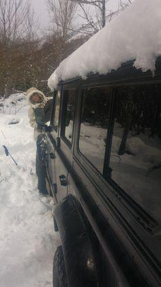 Ani4x4 Land Rover Defender Gran nevada acampada en la nieve Big Snow camping bushcraft hot tent pulk winter camping stove