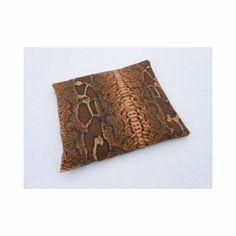 Das Körnerkissen Schlange - schöne Wärme mit Stil und Design, aus dem Wärmekissenshop. Das Körnerkissen Schlange verbindet Wellness mit hochwertigem Design.