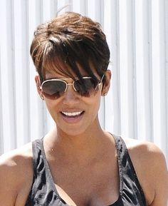 recent hairstyle of halli berry | ... color halle berry hairstyles short hairstyles short layered hairstyles