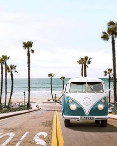 Oceanside street ca oceanside carlsbad california volkswagen vwbus losangeles surf palmtrees roadtrip beach paulfuentes ferrari 400 superamerica 1962 Beach Aesthetic, Summer Aesthetic, Retro Aesthetic, Aesthetic Photo, Aesthetic Pictures, Aesthetic Collage, Photo Wall Collage, Picture Wall, Cute Backgrounds
