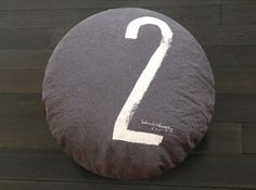 Numbered pillows - Bed and Philosophy