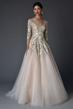 How amazing is this Marchesa bridal dress? Check out The Major NY Bridal Trend You Can't Miss for more inspiration! - this is beautiful!