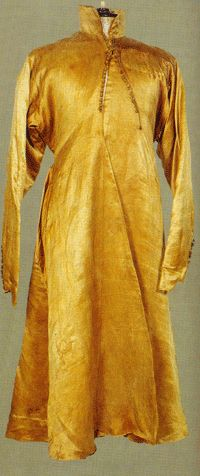"""cir. 1600's Polish male outer garment: """"zupan"""" ....image of actual extant garment from interesting blog: """"Reconstructing History."""" Copyright 2004 Kass McGann, for non commercial private study or education only."""