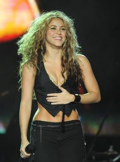 Pin for Later: 45 Must-See Sexy Shakira Snaps Year by Year 2008