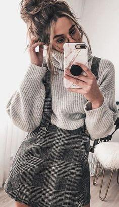 Preppy Outfit Ideas To Wear This Winter - Herren- und Damenmode - Kleidung Adrette Outfits, Fashion Outfits, Womens Fashion, Fashion Ideas, Korean Outfits, Ladies Fashion, Fashion 2017, Skirt Fashion, Fashion Online