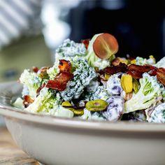 Brokkolisalat Cobb Salad, Acai Bowl, Breakfast, Recipes, Food, Acai Berry Bowl, Morning Coffee, Essen, Eten