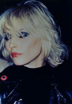 Debbie Harry rocks this beach curl mid length style. see Andrew @ Redhed Debbie Harry rock Blondie Debbie Harry, Debbie Harry Style, New Wave, Kimberly Caldwell, Harry Rocks, Beach Curls, Look At You, Just In Case, Style Icons