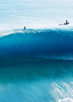 Blue glass over a shallow reef - Tahiti // Photo: Tim McKenna