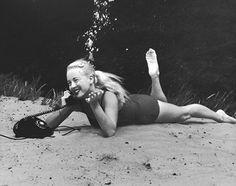 Conheça Bruce Mozert, o pai da fotografia subaquática