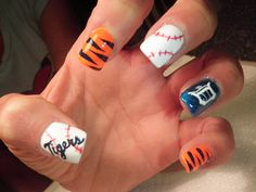 Detroit Tigers Nails...super cute!  Wish I could do the Old English D tho