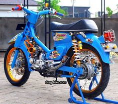 aksesoris motor honda c70 modifikasi Honda Bikes, Yamaha Motorcycles, Custom Motorcycles, Custom Bikes, Motorcycle Icon, Moto Bike, Honda Cub, Drag Bike, E Scooter