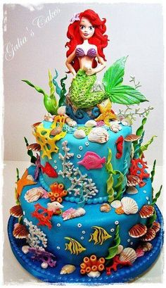Awesome little mermaid cake.