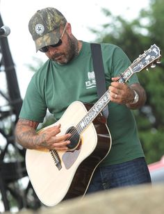 Aaron Lewis - Country Thunder - Day 3