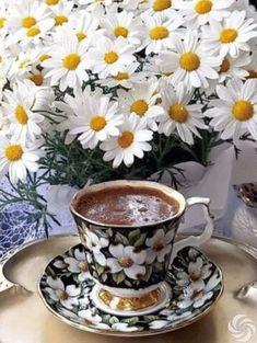 Coffee Gif, Coffee Latte Art, I Love Coffee, Coffee Break, Coffee Drinks, Coffee Cups, Tea Cups, Espresso Cups, Coffee Chalkboard