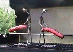 Perfecto rustidor para salchichas de hierro decorado