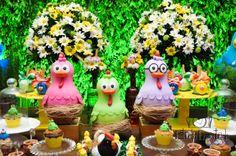Festas Especiais - Fazendinha da Galinha Pintadinha