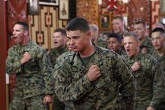 US Marines learning a traditional Maori war chant (Haka) during their Deployment in New Zealand. In 1995 the New Zealand Army adopted Maori Warrior customs and traditions into their own military culture. Military Police, Army, Maori Tribe, Neil Armstrong, Us Marines, Lest We Forget, Troops, Soldiers, Line S