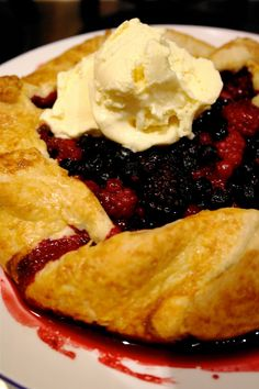 The Londoner: Berry Slab Pie