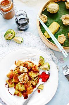 Siomay Bandung (Bandung Steamed Dumplings with Peanut Sambal).  A Chinese influence food.