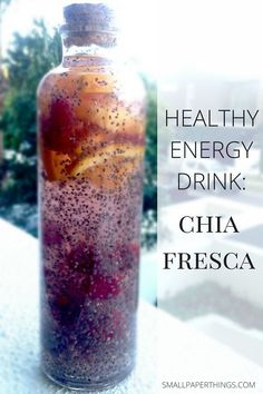 Energy Drink: Chia Fresca Looking for an alternative to your afternoon coffee or Red Bull? Check out this healthy energy drink alternative!Looking for an alternative to your afternoon coffee or Red Bull? Check out this healthy energy drink alternative! Healthy Energy Drinks, Healthy Smoothies, Smoothie Recipes, Healthy Snacks, Healthy Recipes, Natural Energy Drinks, Food For Energy, Detox Drinks For Energy, Healthy Coffee Drinks