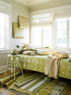 I'm a fan of the green daybed cottage thing going on here