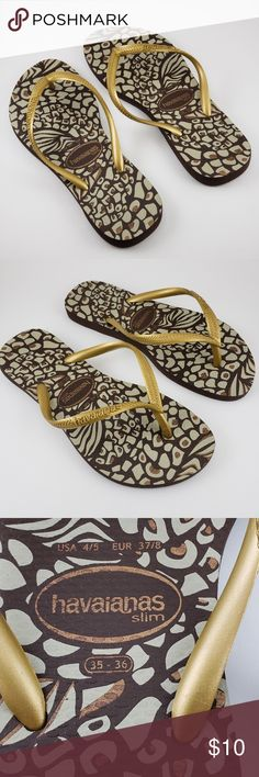 72a707401d0a Shop Women s Havaianas Brown Gold size USA Sandals at a discounted price at  Poshmark. Description  Animal print Gold and brown Slim fit Havaianas.