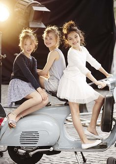 Benetton kids' Spring/Summer 2015: Colour, happiness and a touch of glamour