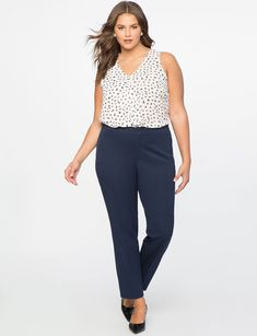 54a6b017 5 Plus-Size-Friendly Workwear Brands You Should Be Shopping+#refinery29 Plus  Size