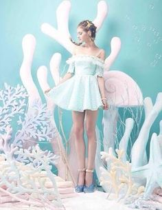 Love this under the sea pastel moment - how cute is the dress xoxoxoxoxoxoxoxoxoxoxoxox Style Pastel, Pastel Goth, Pastel Colors, Colours, Pastell Fashion, Foto Fantasy, Harajuku, Mode Kawaii, Foto Fashion