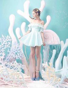 Love this under the sea pastel moment - how cute is the dress xoxoxoxoxoxoxoxoxoxoxoxox Style Pastel, Pastel Goth, Pastel Colors, Colours, Pastell Fashion, Harajuku, Foto Fantasy, Mode Kawaii, Foto Fashion