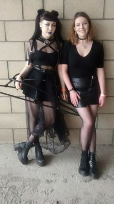 Friends Gothic ¡Girls Night Out! Ds➡@erikaevans5245