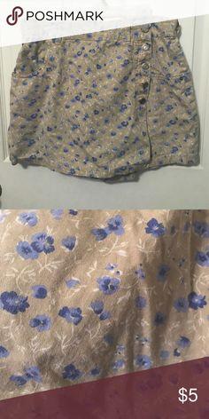 🎯Skort🎯 Size 14. Excellent condition!! Shorts Skorts