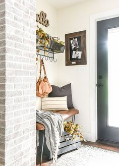 Come tour a small ranch style home subtly decorated in neutral tones for fall! style home, Simple and Neutral Fall Home Tour Ranch Style Decor, Ranch Style Homes, Hallway Decorating, Entryway Decor, Entryway Ideas, Foyer, Vintage Home Decor, Diy Home Decor, Small Entryways