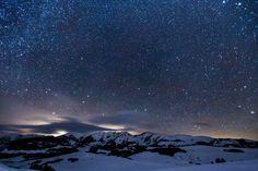 Star-springled Mountains, by Teddy Kelley | Unsplash