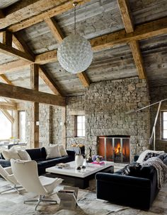 Defining Elements Of The Contemporary Rustic Home