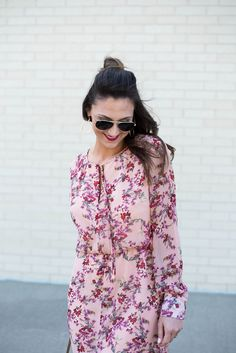 WAYF Foral midi-dress for a Spring look.
