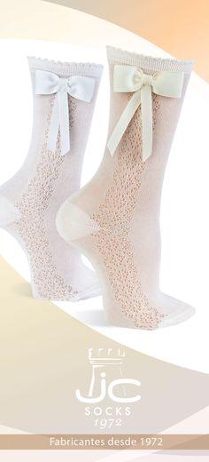 Calcetines semicalados altos con lazo. Calcetines celebración JC Castellà Fabricantes de calcetines desde 1972