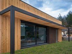 Pergola To House Attachment Key: 3862225629 Pergola Patio, Renovation Facade, Architecture Renovation, Canoe House, Building Design, Building A House, Wood Architecture, Entrance Design, Windows