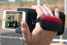 PoiseCam - The iPhone Camera Grip That Allows You To Record Videos Like a Pro by @poisecam - http://coolpile.com/gear-magazine/poisecam-iphone-camera-grip-allows-record-videos-like-pro via coolpile.com  #Accessories  #Cool  #Design  #iPhone  #iPod  #Photo  #Tripods  #VideoRecorder  #coolpile