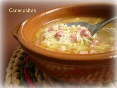 Sopa de pobre Mexican Food Recipes, Healthy Recipes, Kid Friendly Meals, Cheeseburger Chowder, Food And Drink, Pasta, Menu, Cooking, Diabetes