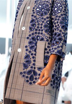 tweed and cut out lace in different color: Louis Vuitton