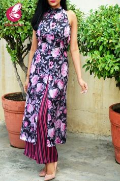 Shop Multicoloured Printed Floral Satin Georgette Kurti Set - Kurti Sets Online in India Party Wear Indian Dresses, Indian Bridal Outfits, Dress Indian Style, Kurti Designs Party Wear, Dress Designs, Indian Fashion Trends, Indian Designer Suits, Stylish Blouse Design, Silk Pants