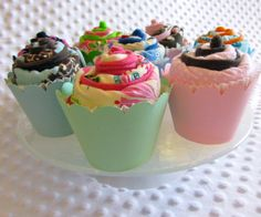 Cupcake burp cloths - what a cute baby gift.  Comes in a pastry box and a steal for $6.75.